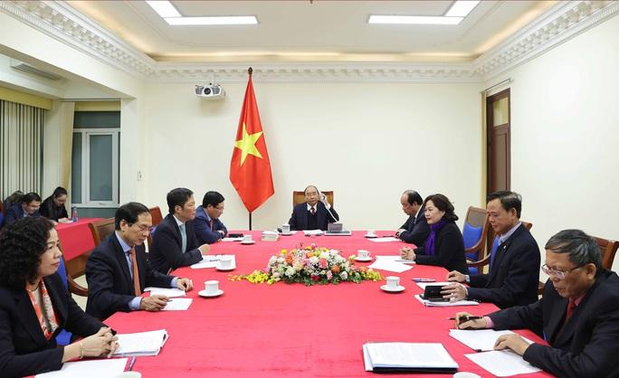 Thủ tướng Nguyễn Xuân Phúc trao đổi với Tổng thống Mỹ Donald Trump về thao túng tiền tệ - Ảnh 2.