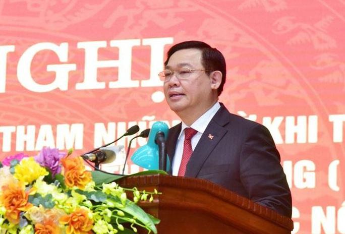 Bí thư Vương Đình Huệ: Luân chuyển cán bộ ở những vị trí nhạy cảm để phòng chống tham nhũng - Ảnh 1.