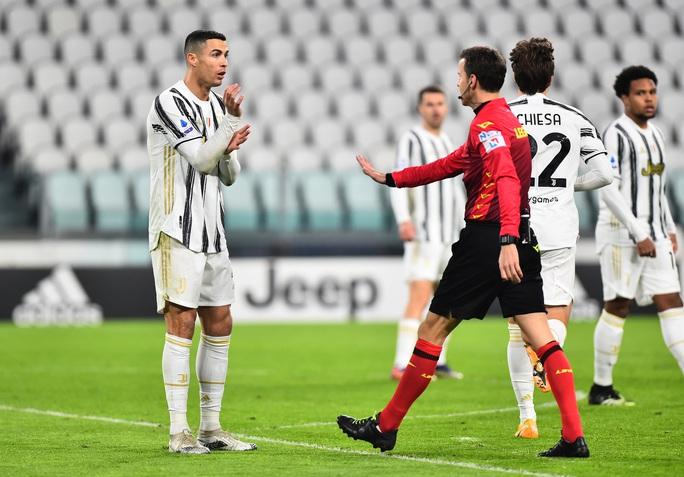 Cristiano Ronaldo tịt ngòi, Juventus thảm bại - Ảnh 3.