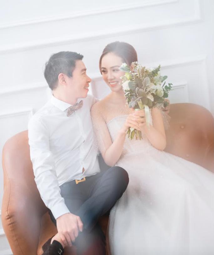 Cô Đẩu Công Lý hài hước trong bộ ảnh cưới trước lễ cưới lần 3 - Ảnh 5.