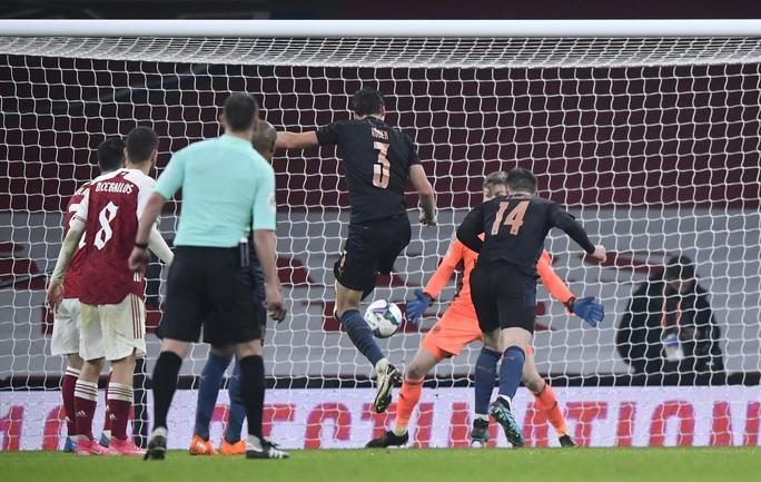 Đè bẹp chủ nhà Arsenal, Man City giành vé bán kết League Cup - Ảnh 6.