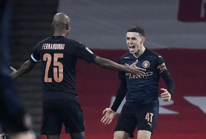 Đè bẹp chủ nhà Arsenal, Man City giành vé bán kết League Cup - Ảnh 5.