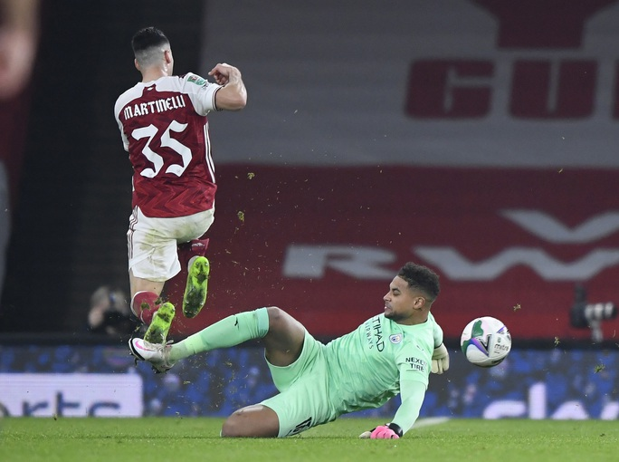 Đè bẹp chủ nhà Arsenal, Man City giành vé bán kết League Cup - Ảnh 4.