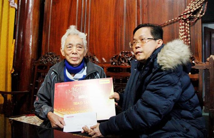 Mai Vàng nhân ái thăm 3 văn - nghệ sĩ tại Quảng Bình và TP HCM - Ảnh 1.