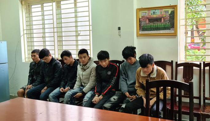4.000 người bị nhóm thanh thiếu niên từ 17 - 22 tuổi lừa hàng tỉ đồng trong 1 tháng - Ảnh 1.