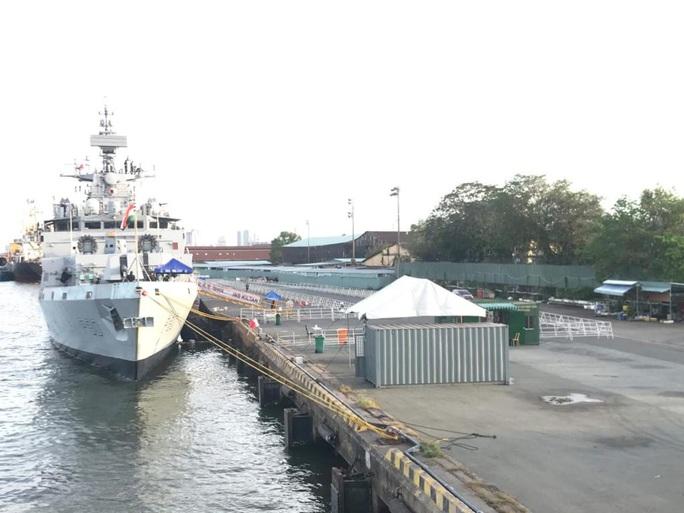 Hình ảnh tàu Hải quân Ấn Độ INS Kiltan tại Cảng Nhà Rồng - Ảnh 1.