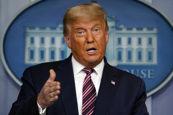 Tổng thống Trump phủ quyết dự luật quốc phòng hơn 740 tỉ USD - Ảnh 1.