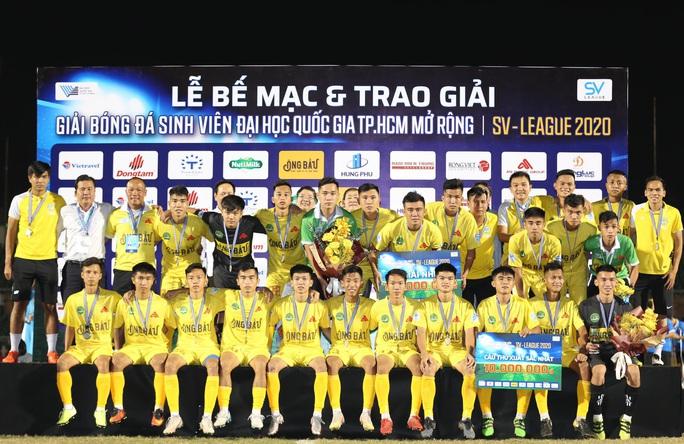 Cựu trợ lí trọng tài FIFA đưa Trường Đại học Cần Thơ đăng quang SV-League 2020 - Ảnh 2.