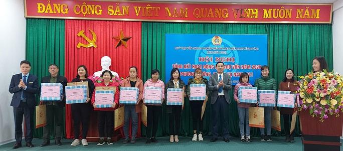 Hà Nội: Hơn 2.000 lao động được vay vốn - Ảnh 1.