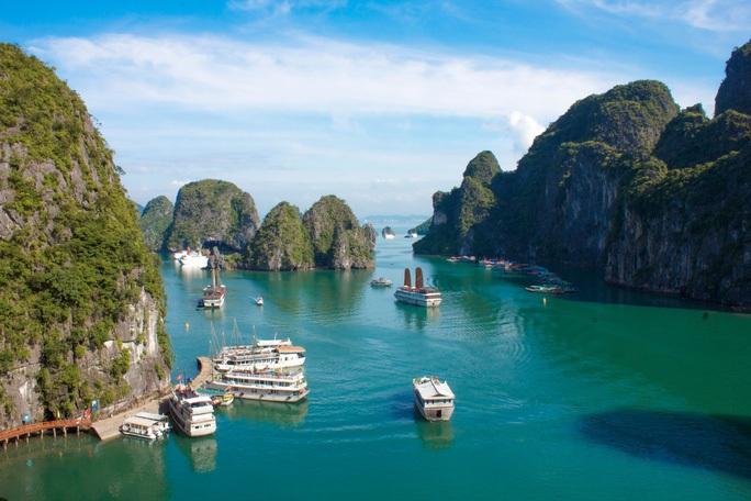 Quảng Ninh triển khai gói kích cầu du lịch 500 tỉ - Ảnh 1.