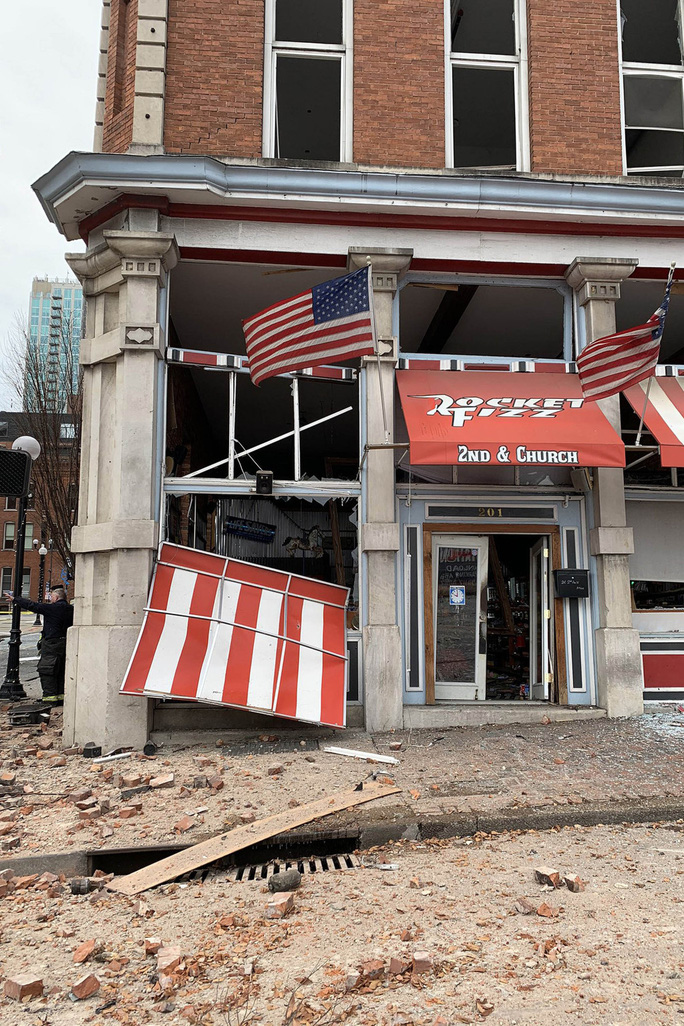 Mỹ: Phát hiện đáng ngờ trong vụ nổ ở TP Nashville - Ảnh 8.