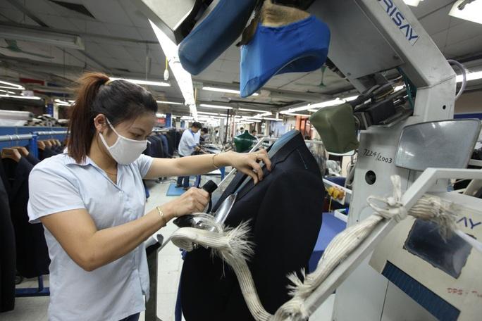 GDP Việt Nam năm 2020 tăng 2,91%, thuộc nhóm cao nhất thế giới - Ảnh 1.