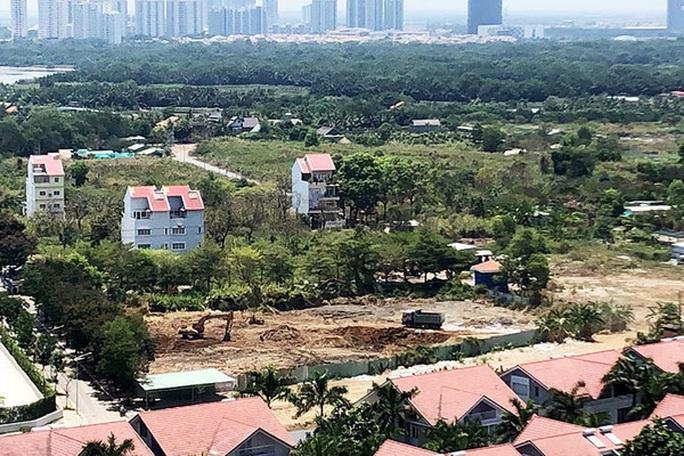 TP đề nghị huyện Nhà Bè chấn chỉnh công tác quản lý đất đai, xây dựng - Ảnh 1.