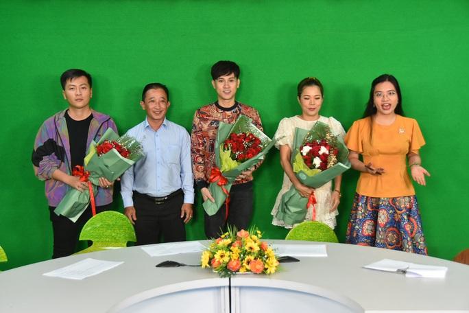 Ca sĩ Mỹ Lệ, Nguyên Vũ, nhạc sĩ Huỳnh Quốc Huy dự đoán về Giải Mai Vàng 2020 - Ảnh 6.