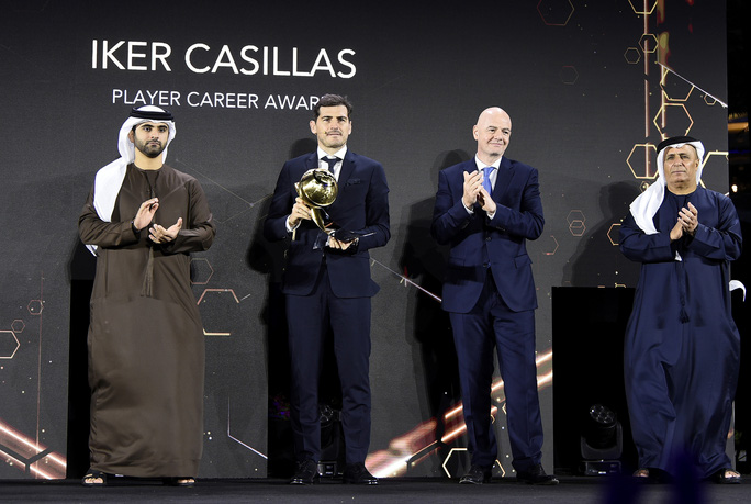 Cầu thủ xuất sắc nhất thế kỷ Ronaldo tiết lộ bí quyết đá bóng đến tuổi 40 - Ảnh 6.
