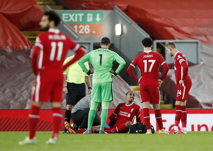 Kiệt sức mùa Đông, Liverpool bị đội chót bảng cầm chân ở Anfield - Ảnh 4.