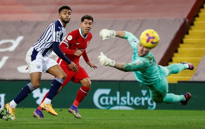 Kiệt sức mùa Đông, Liverpool bị đội chót bảng cầm chân ở Anfield - Ảnh 6.
