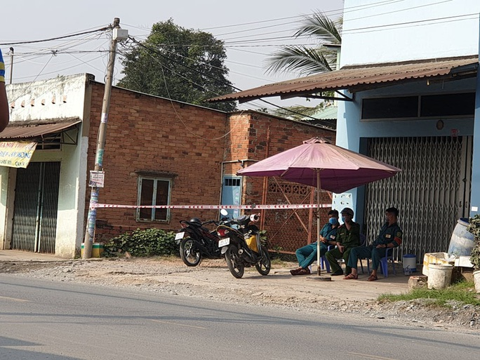 NÓNG: Người đàn ông nhập cảnh trái phép vào làm xưởng đúc ở quận 9 dương tính với SARS-CoV-2 - Ảnh 1.