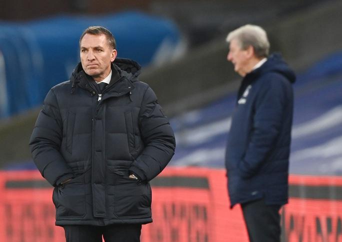 Chelsea lại mất điểm sân nhà, Leicester may mắn thoát hiểm - Ảnh 8.