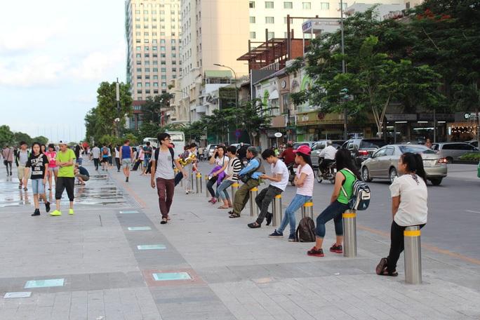 TP HCM: Cấm xe đường Nguyễn Huệ để tổ chức chương trình mừng năm mới và TP Thủ Đức - Ảnh 1.
