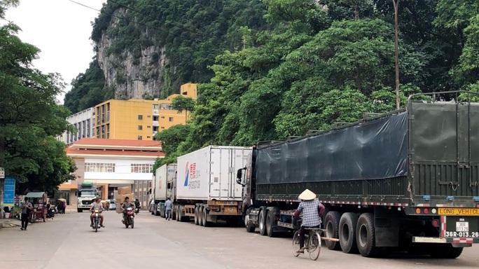 """""""Không có quy định cho phép cư dân biên giới Việt Nam mở tài khoản tại ngân hàng ở Trung Quốc"""" - Ảnh 1."""