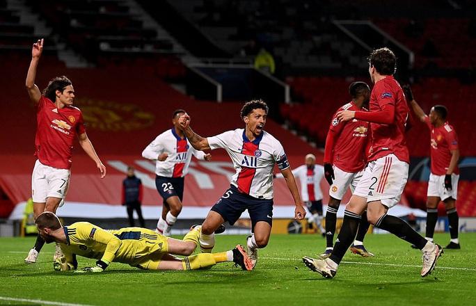 Thẻ đỏ nghiệt ngã, Man United bên bờ vực thảm họa - Ảnh 5.