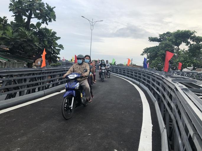 Ngập niềm vui ở An Phú Đông ngày cuối của năm 2020! - Ảnh 2.
