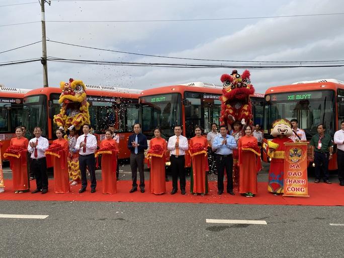 Phương Trang mở thêm 2 tuyến xe buýt tại miền Tây - Ảnh 1.