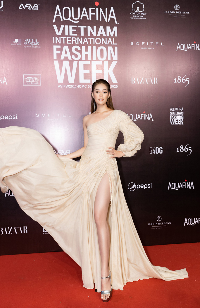 Dàn sao Việt diện váy áo Công Trí đọ sắc trên thảm đỏ - Ảnh 21.