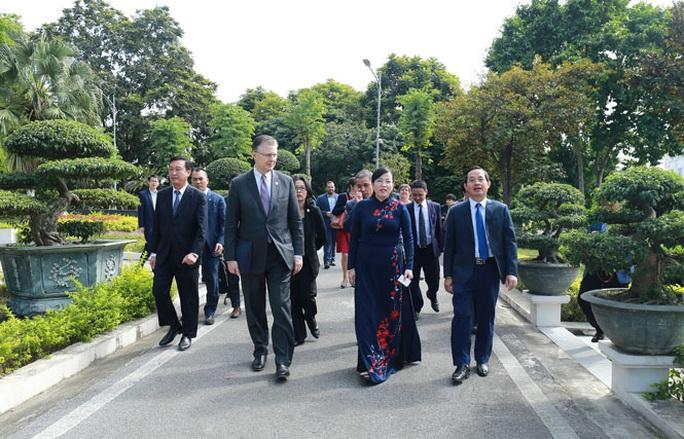 Đại sứ Daniel Kritenbrink khai trương Không gian Mỹ tại tỉnh Thái Nguyên - Ảnh 3.