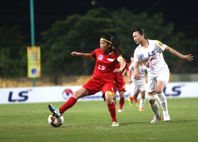 HLV Kim Chi: Quyết tâm vượt khó ở trận chung kết sớm - Ảnh 1.
