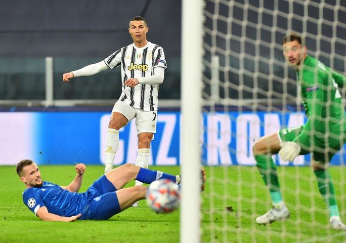 Morata phủ nhận Ronaldo cướp công, sao Juventus chạm kỳ tích 750 bàn thắng - Ảnh 3.