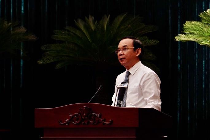 Khai mạc Hội nghị  lần thứ 2 Ban Chấp hành Đảng bộ TP HCM khóa XI  - Ảnh 1.