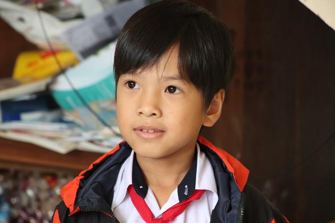 Mẹ tử nạn khi đi mua áo cho con: Báo Người Lao Động trao hơn 80,9 triệu đồng - Ảnh 5.