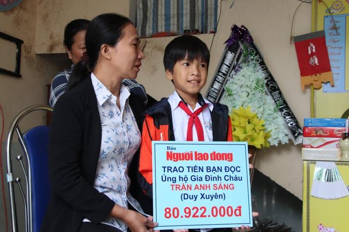 Mẹ tử nạn khi đi mua áo cho con: Báo Người Lao Động trao hơn 80,9 triệu đồng - Ảnh 7.