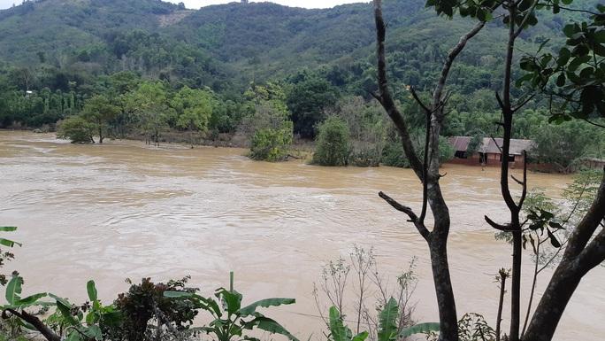Vụ thủy điện xả lũ, tiền tỉ trôi sông: Làm rõ quy trình vận hành hồ chứa - Ảnh 6.