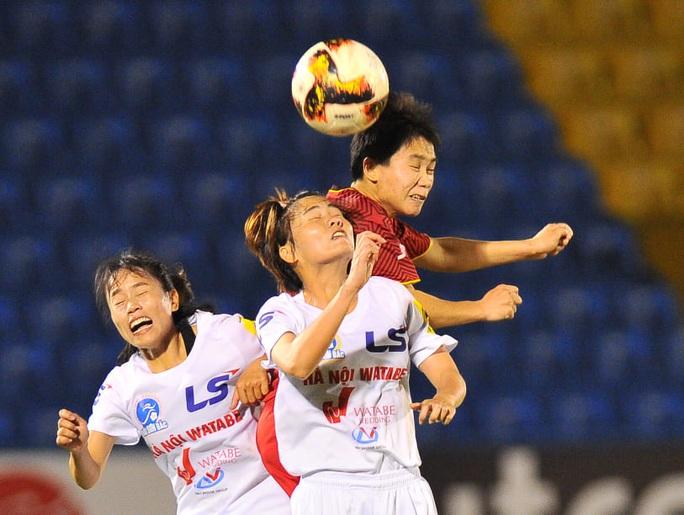 Đánh bại Hà Nội 1 Watabe, TP HCM 1 rộng cửa vô địch Giải Bóng đá nữ VĐQG 2020 - Ảnh 1.