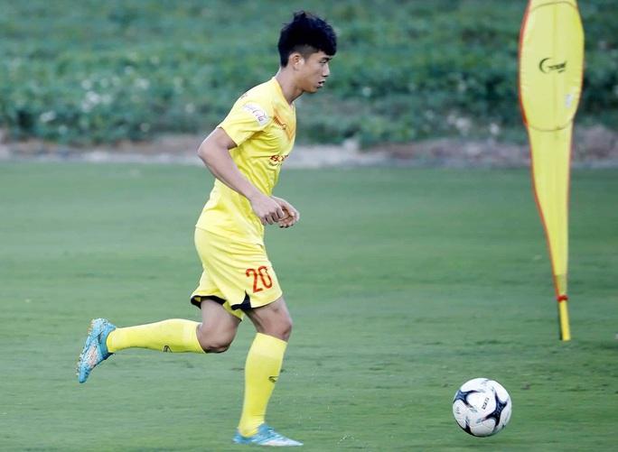 Hình ảnh Văn Quyết, Tấn Trường trở lại đội tuyển Việt Nam - Ảnh 11.