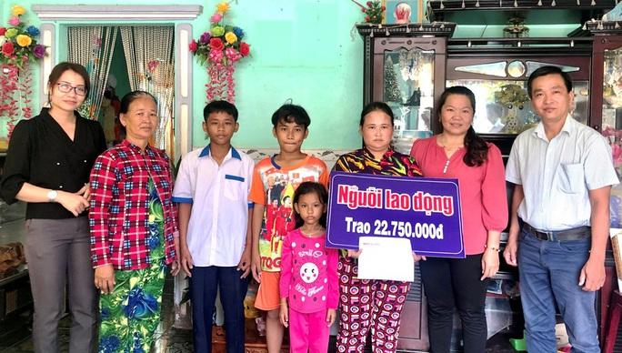 Trao hơn 42 triệu đồng cho 3 gia đình ở Bạc Liêu và Sóc Trăng - Ảnh 3.