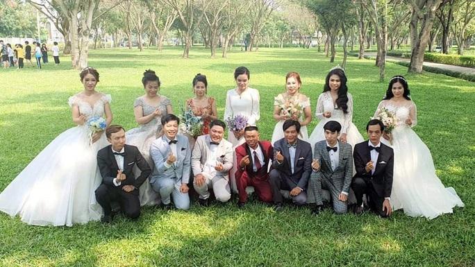 Tổ chức lễ cưới tập thể cho 8 cặp công nhân khó khăn - Ảnh 1.