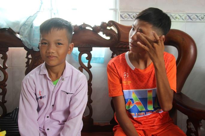 Nhói lòng 3 đứa trẻ đạp xe gần 400km từ Cà Mau lên TP HCM - Ảnh 5.