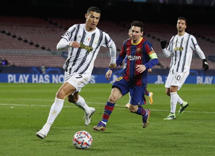 Ronaldo lập cú đúp, Juventus đè bẹp Barcelona - Ảnh 2.
