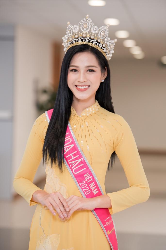 Những bức ảnh gây sốt của Hoa hậu Việt Nam Đỗ Thị Hà - Ảnh 10.