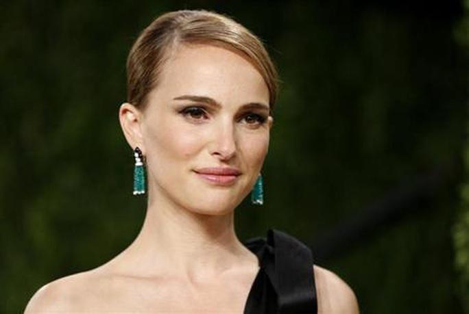 """Natalie Portman sợ hãi bản thân vì vai """"người lớn"""" năm 12 tuổi - Ảnh 1."""