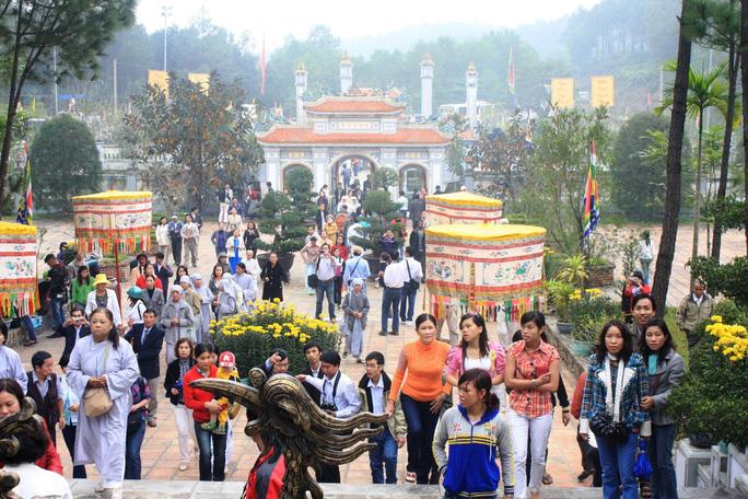 Hàng loạt lễ hội ở Thừa Thiên – Huế bị dừng do lo ngại virus corona - Ảnh 1.