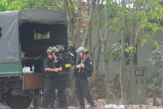 Giám đốc Công an TP HCM nói gì về thông tin kẻ bắn chết 5 người ở Củ Chi muốn ra đầu thú? - Ảnh 2.
