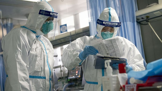 Virus corona: Số ca tử vong tăng lên 910, hơn 40.000 ca nhiễm - Ảnh 1.