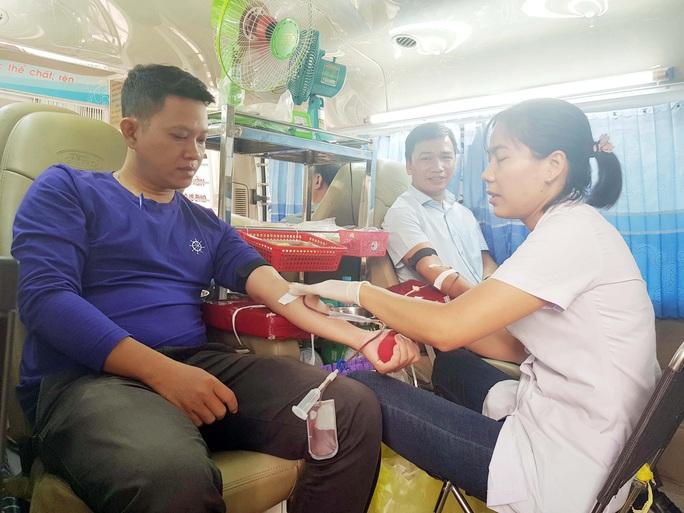 Vận động đoàn viên tham gia hiến máu nhân đạo - Ảnh 1.
