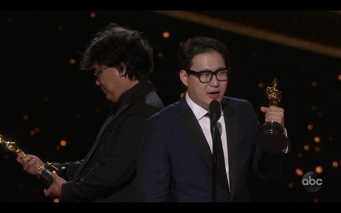 Đạo diễn Ký sinh trùng Bong Joon Ho và đủ cung bậc cảm xúc - Ảnh 2.