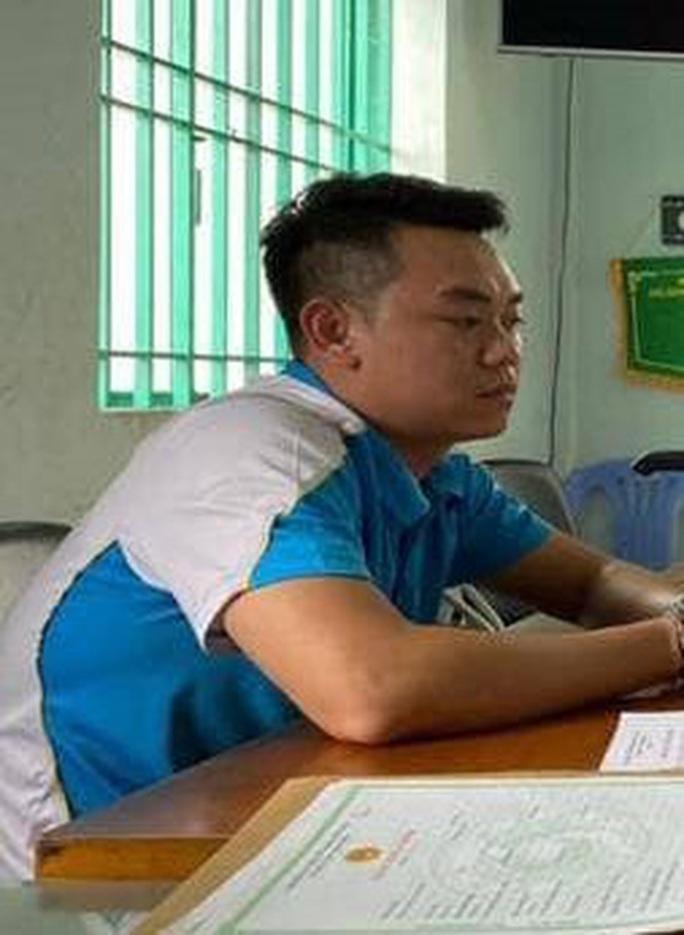 Đột kích ổ làm giả giấy tờ, con dấu, tài liệu tại Biên Hòa - Ảnh 1.